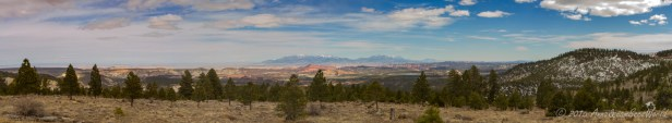 Larb Hollow Overlook on Scenic Byway 12 (view to Grand Staircase-Escalante)