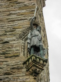 Statue of William Wallace (aka Braveheart in the Hollywood film) with his 1,7 meter sword