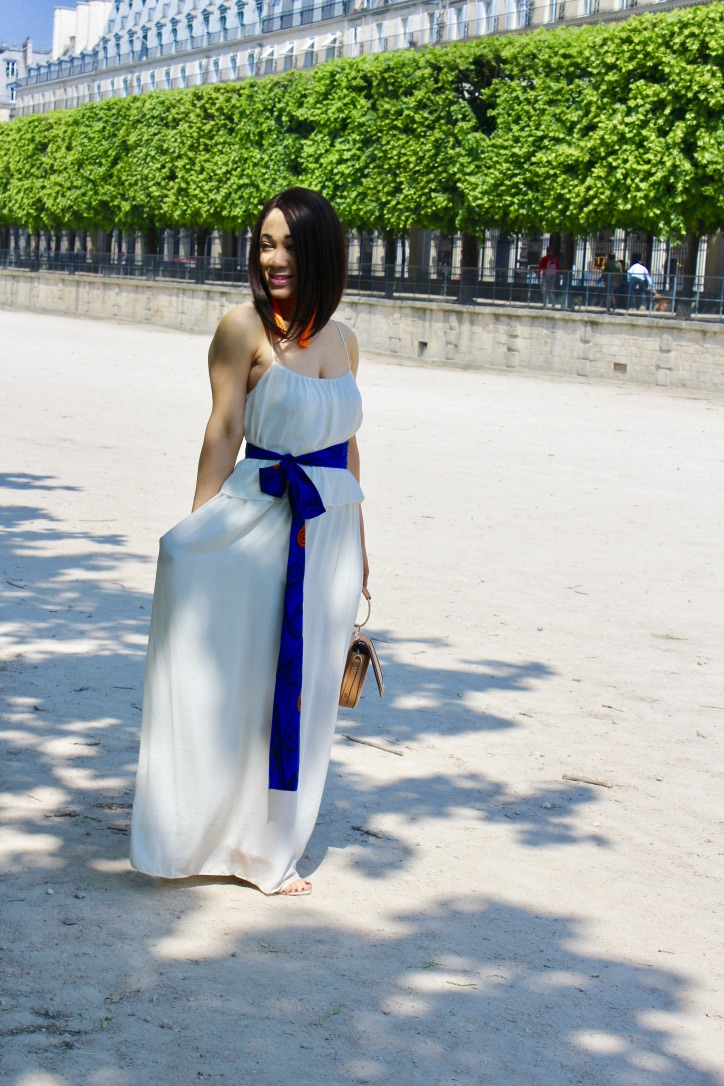 look robe longue blanche détail wax