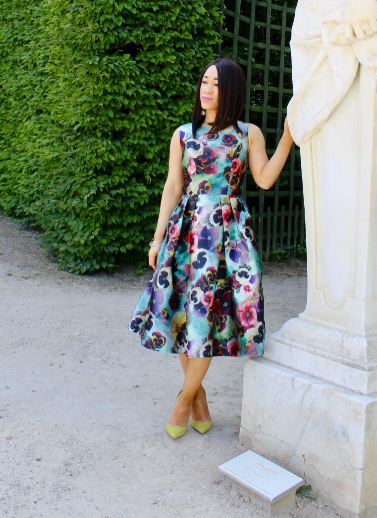 look robe fleurs mi longue