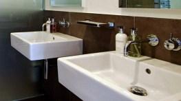 A 2-bed apartment in Bayswater - Master en-suite - ©Anna Hansson Design Ltd