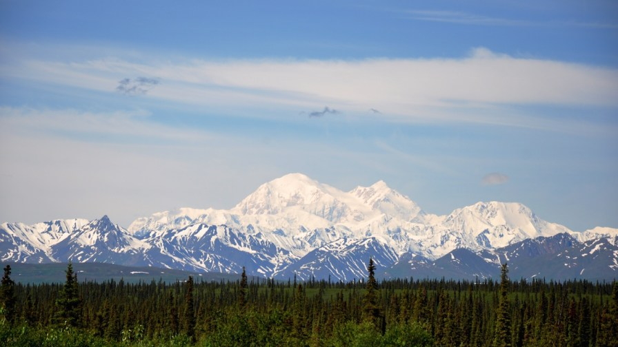 Mt McKinley on the way to Denali