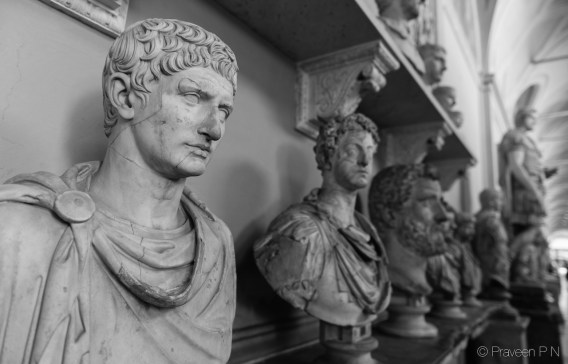 Gallery of the busts in Vatican museum