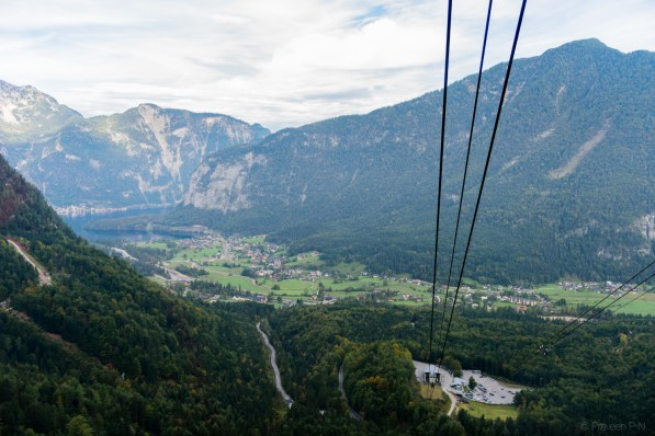 Cable car to Dachstein ice cave and 5 fingers