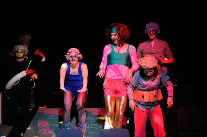 Königs Moment. Foto: Andreas Zauner. v.l.n.r.: Birte Westerhoff, Beatrice Boca, Ralph, Hönicke, Margarita Wiesner, Nils Bartling
