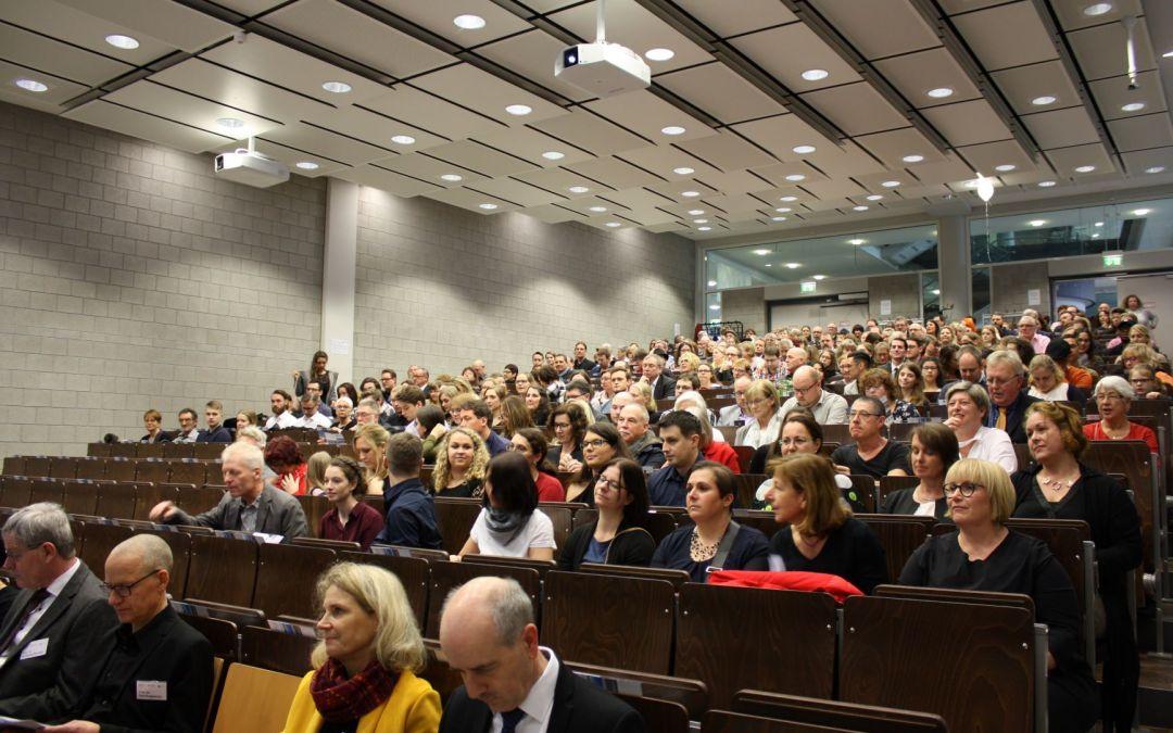 Land leitet Entfristungswelle an der Hochschule Koblenz ein – Mehr als 100 neue Dauerstellen
