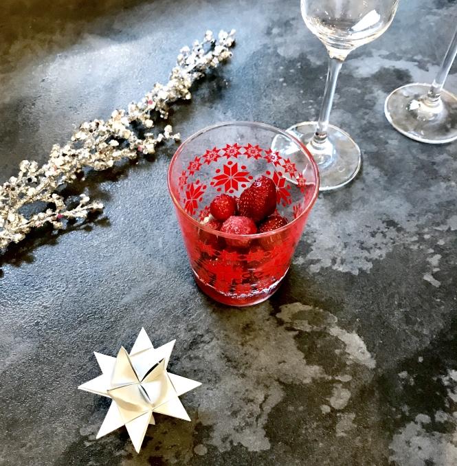 Erdbeer Rosé Champagner Cocktail Rezept Annalena Loves