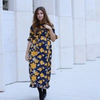 Mami Outfit: Asos Maternity Midikleid mit Blumenmuster