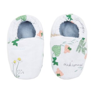 Booties_in_a_box_Midsommar_Annaliv