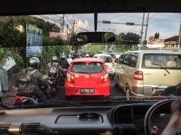 traffico balinese (foto: Anna Luciani)