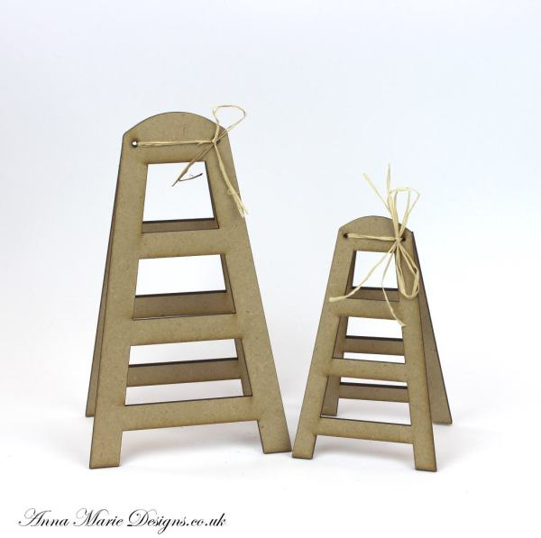 Marie Step Ladder Stand