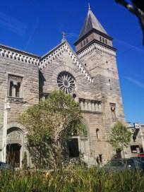 A big ol' church