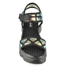 Дамски сандали 21-99-1 цвят черен Спортно-елегантни, дамски сандали с широка каишка. Ефектна платформа и блестящи пайети по каишките. Изключително удобни, защото имат мека, удобна стелка и лека подметка Модерна катарама допълва декорацията на дамския сандал. Красиви, модерни , удобни за забързаното ни ежедневие. Височина на подметката 6см. Сандалите са изработени от еко кожа.