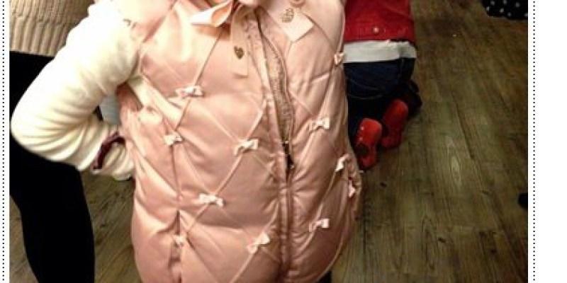 Mini-J 小中中童裝。躲了好幾年,還是被燒到惹XDDD《Blog365-40》