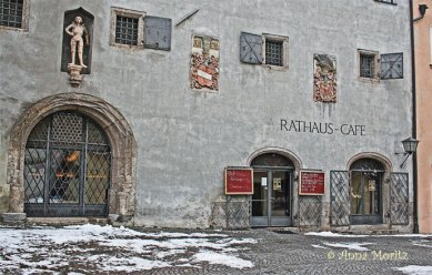 Rathaus cafe - a fortified castle , Hall in Tirol