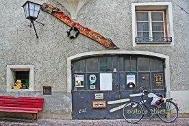 Geld tötet, facade , Schmiedgasse, Hall in Tirol