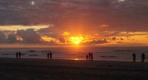 Meer mit Sonnenuntergang