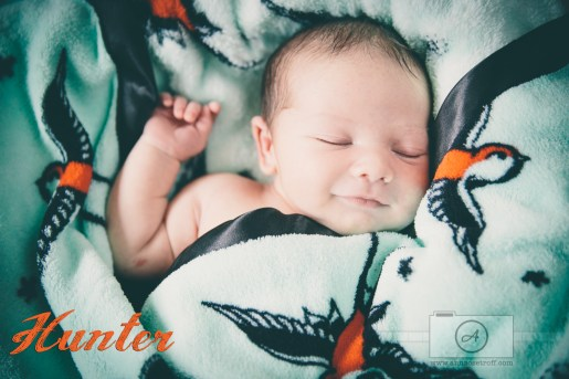BabyHunter AnnaOsetroff Newborn photographer brisbane