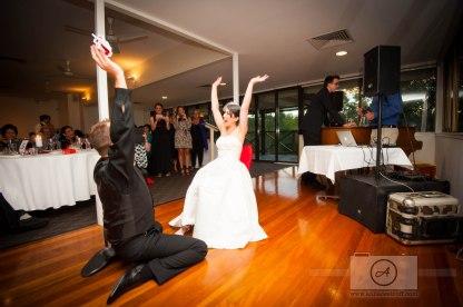 BrisbaneWeddingPhotographer_WalkaboutCreekWedding_AnnaOsetroff-114