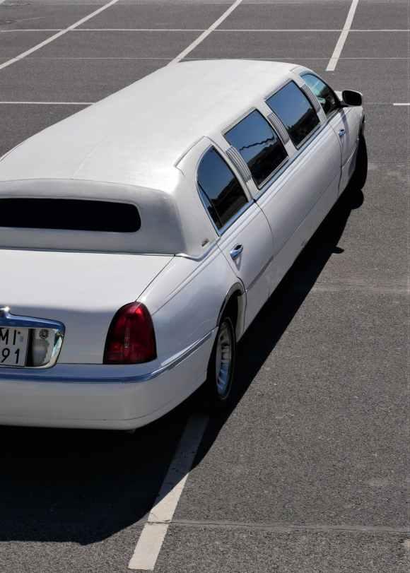 wedding limo service ann arbor, michigan