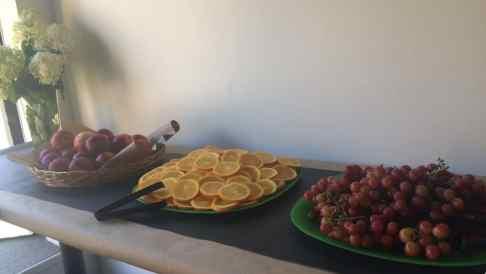 pancakes-with-huck-finn-fruit