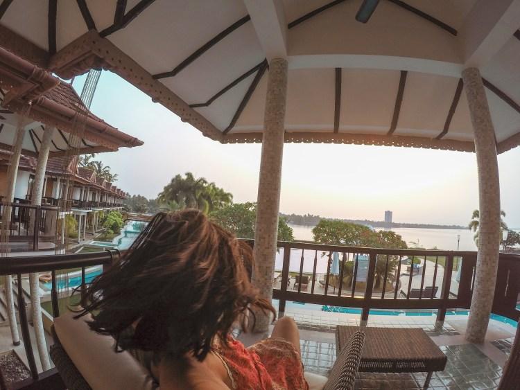 https://annasherchand.com/luxury-hotels-kerala-india/