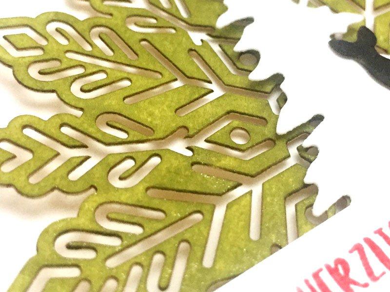 Weihnachtskarte mit Produkten von Stampin Up. Wie ein Weihnachtslied, Ausgestochen Weihnachtlich, Metallic-Schneeflocken