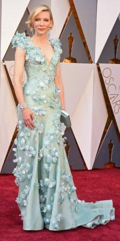 Cate Blanchett, abito Armani, gioielli Tiffany&Co., clutch Roger Vivier