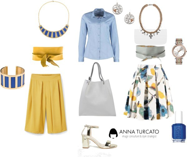 The blue shirt di annaturcato contenente Michael Kors