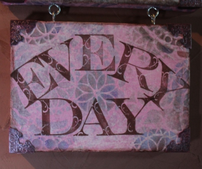 Create ART Everyday - Stenciled, Stamped and Inked Canvas - 021