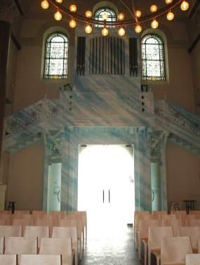 peinture du meuble d'orgue