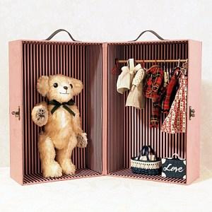doll-closet-trunkOR