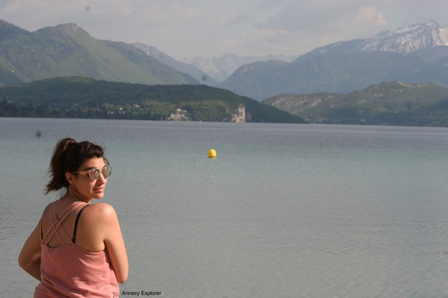 Le Lac d'Annecy depuis la plage d'Albigny