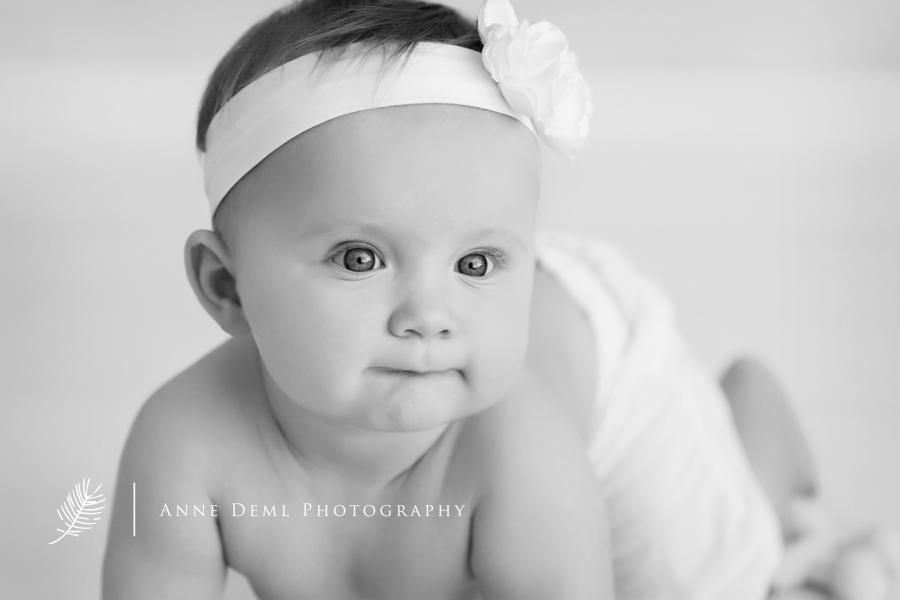 niedliche_babyfotos_babyfotografie_babyfotograf_anne_deml_muenchen_freising_ingolstadt_suesse