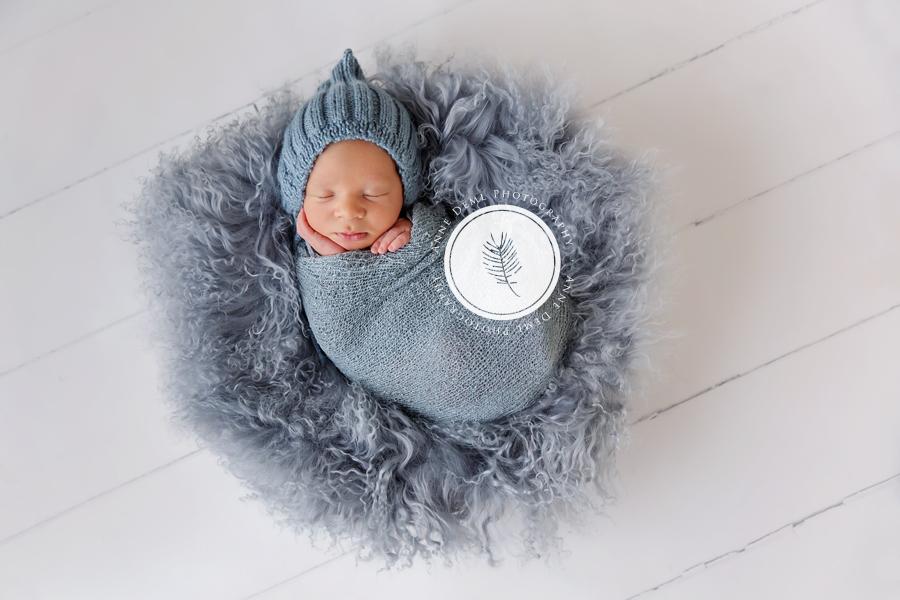 Besondere Babyfotografie mit viel Liebe  Jonas 11 Tage  Neugeborenenshooting Mnchen