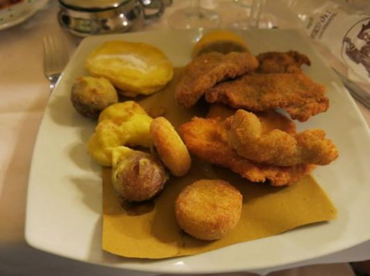 Every kind of meat and a variety of other bizarre things fried. A typical Piemontese dish.