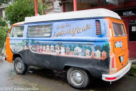 I hadn't seen this painted van before.