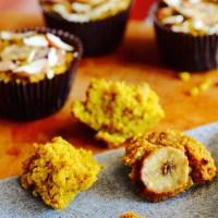 Makeat kurkuma-kvinoa muffinssit