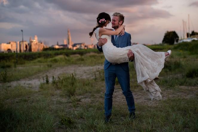 Huwelijk Strantwerpen - Antwerpen - Kleurrijk - Bohemian - JPC Collections - sunset skyline