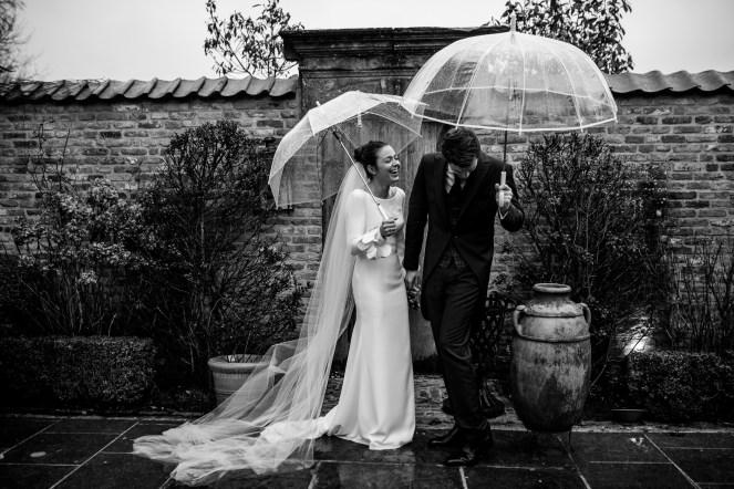 fotoshoot regen winterhuwelijk
