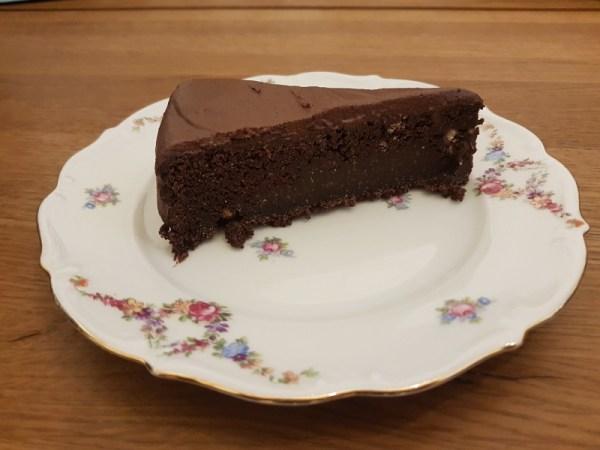 vegan chocoladetaart van minimalist baker