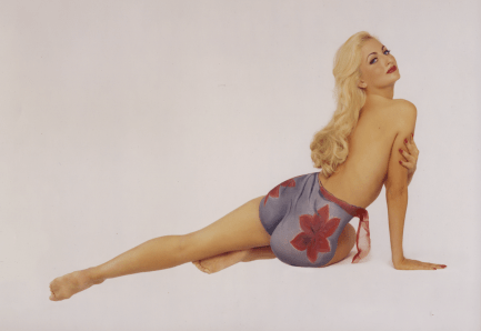 Varga style pin-up body painting photography by Frank Herhold