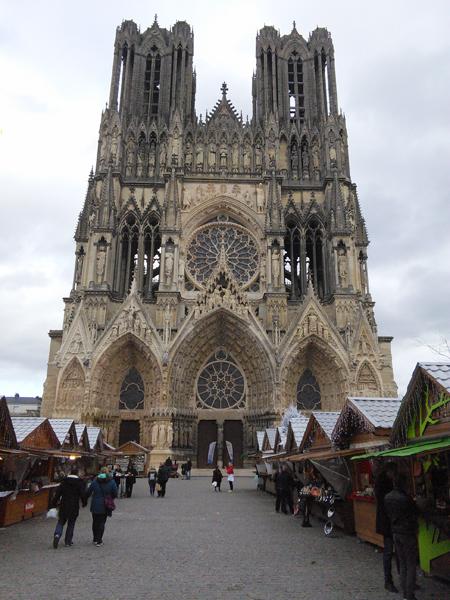 Cathedrale de Reims marche noel 2017 grand est champagne ardenne