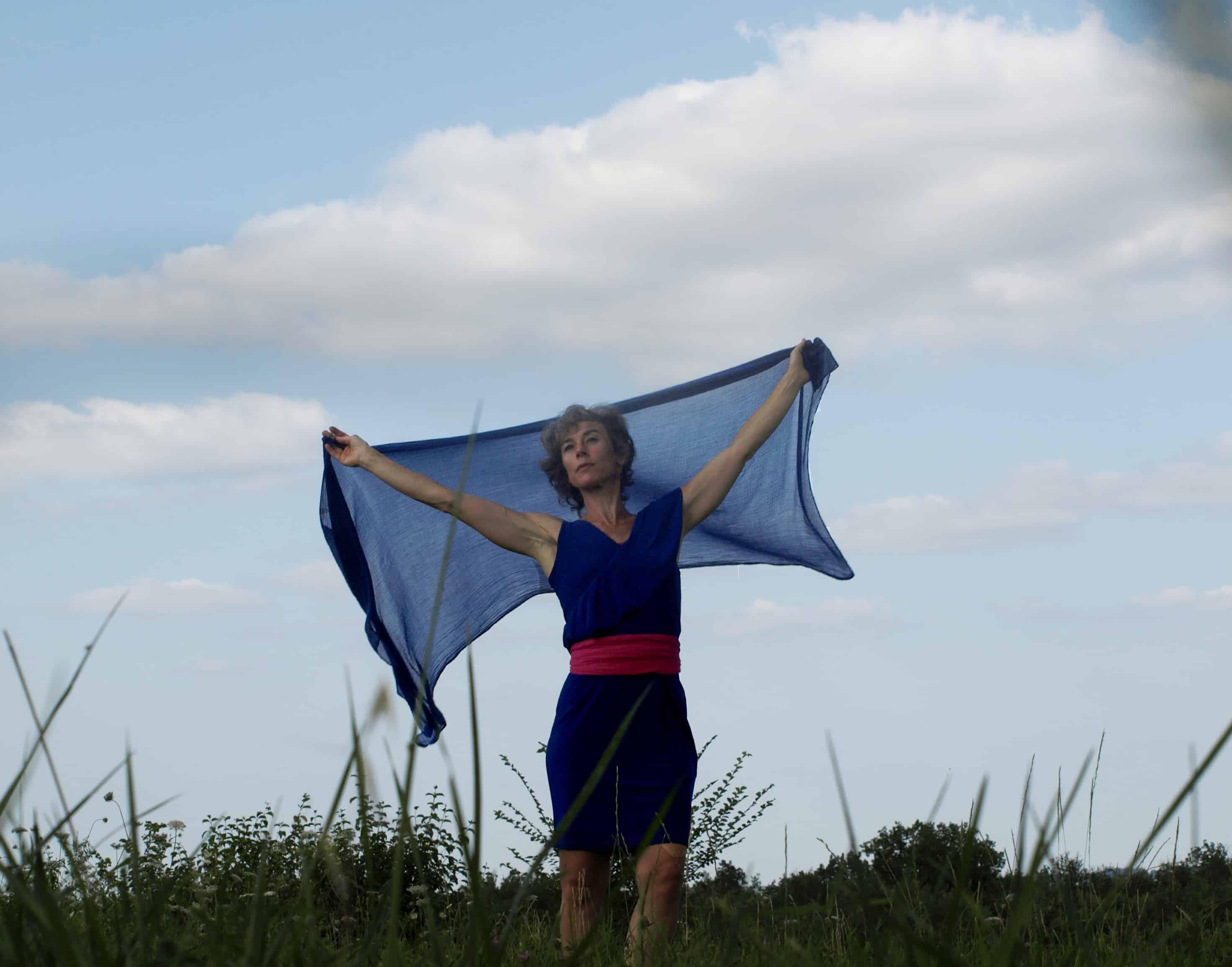 Portr Anne-Rose Lovink avec foulard aérienait