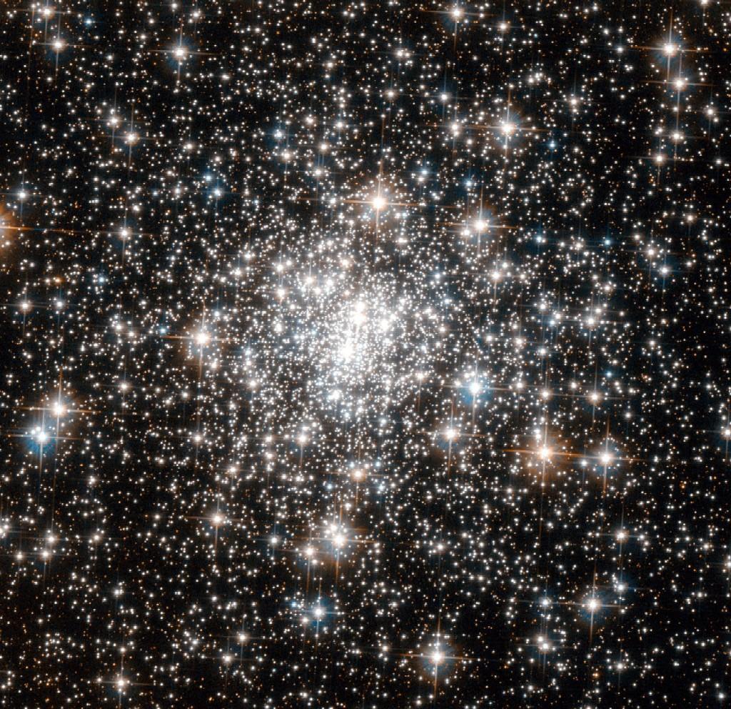 NGC 6642 a globular cluster in Sagittarius  Annes