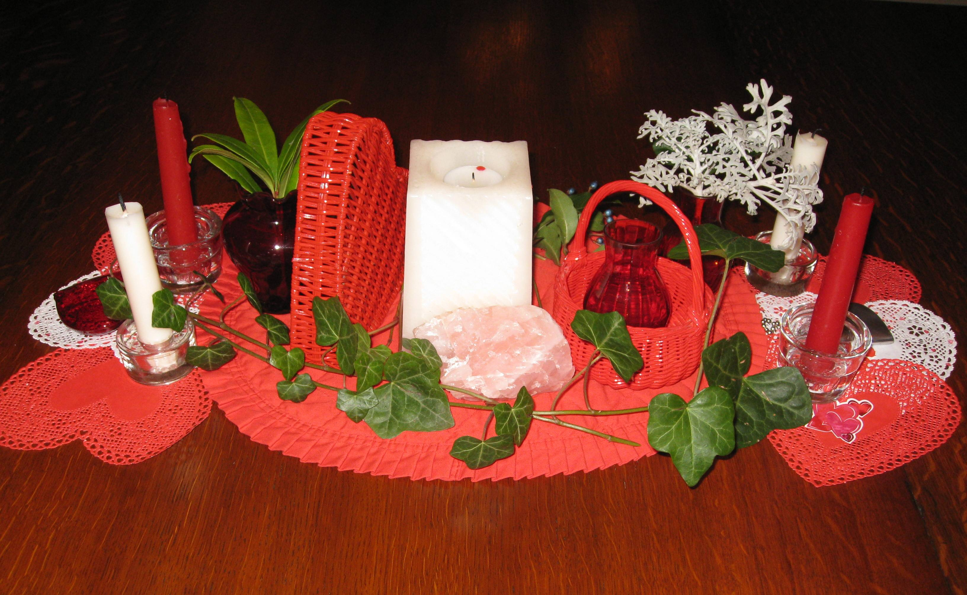 valentine-table-decor-044