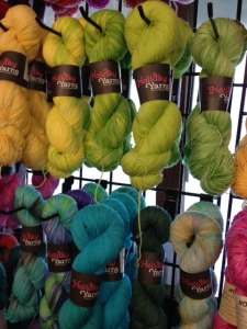Holiday Yarns has new labels!  I love them.