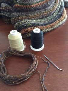 Tools needed - buttonhole thread, yarn, yarn needle