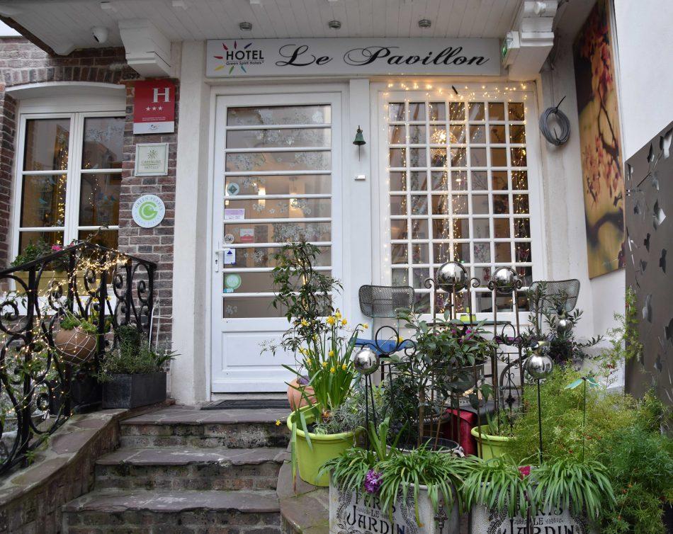Best Hotel In Paris Le Pavillon Anne Travel Foodie