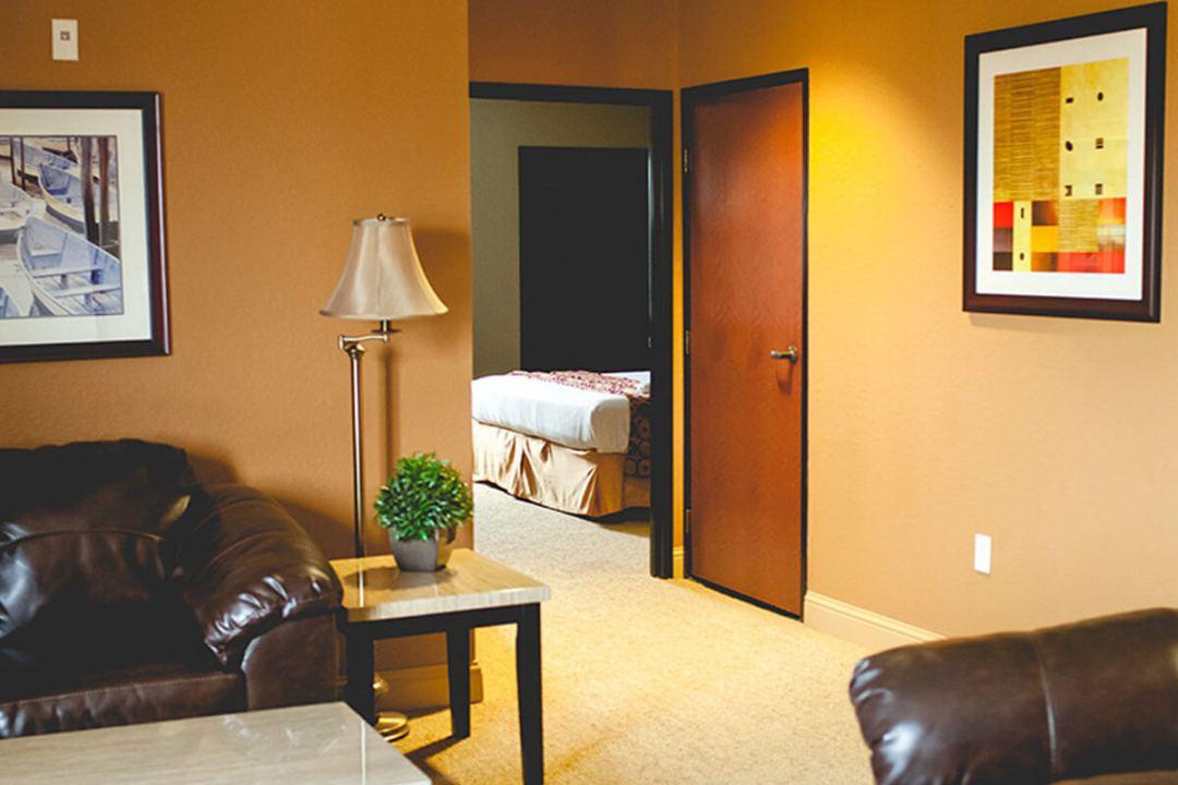 hotel_suite2b